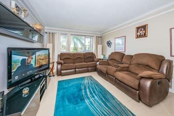 Living Room1-4