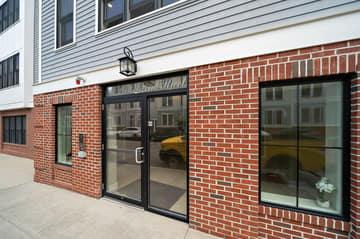 360 W 2nd St Unit 13, Boston, MA 02127, US Photo 2