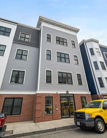 360 W 2nd St Unit 13, Boston, MA 02127, US Photo 19