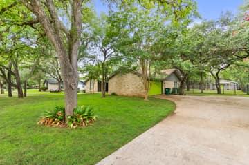 3604 Kellywood Dr, Austin, TX 78739, USA Photo 15