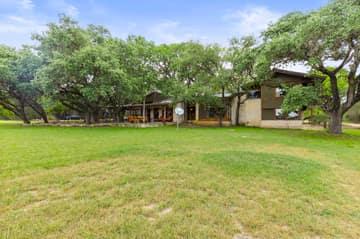 351 Windmill Oaks Dr, Wimberley, TX 78676, USA Photo 6