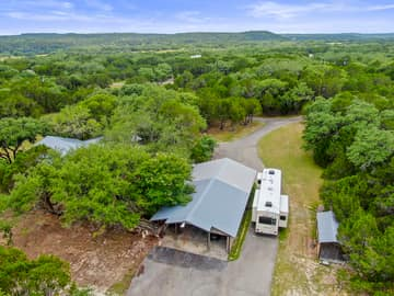 351 Windmill Oaks Dr, Wimberley, TX 78676, USA Photo 46