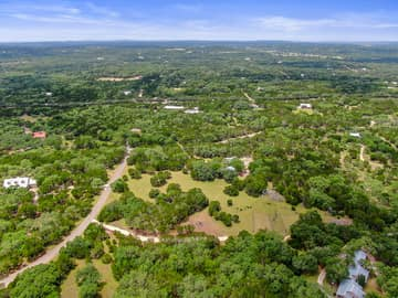 351 Windmill Oaks Dr, Wimberley, TX 78676, USA Photo 43