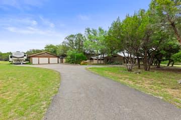 351 Windmill Oaks Dr, Wimberley, TX 78676, USA Photo 1