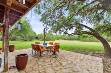 351 Windmill Oaks Dr, Wimberley, TX 78676, USA Photo 4