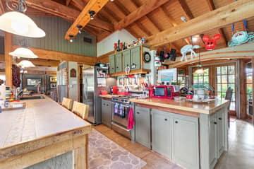 351 Windmill Oaks Dr, Wimberley, TX 78676, USA Photo 19