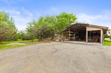 351 Windmill Oaks Dr, Wimberley, TX 78676, USA Photo 58