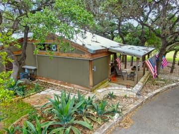 351 Windmill Oaks Dr, Wimberley, TX 78676, USA Photo 49