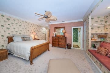 Upper Level Guest Bedroom1b