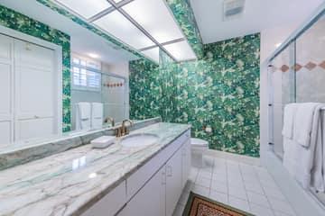 Upper Level Guest Bathroom1
