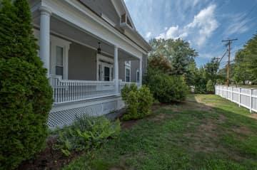 176 Pleasant St Unit B, Laconia, NH 03246, US Photo 8