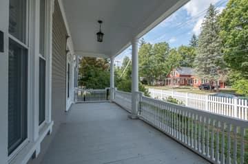 176 Pleasant St Unit B, Laconia, NH 03246, US Photo 9