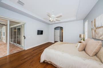 Master Bedroom1c
