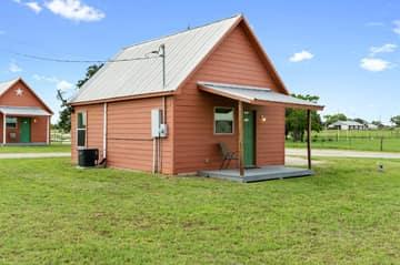 573 TX-97, Floresville, TX 78114, US Photo 16
