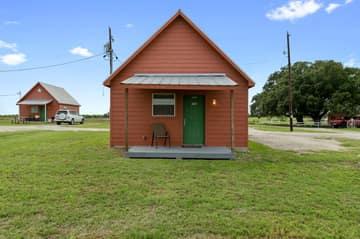 573 TX-97, Floresville, TX 78114, US Photo 15