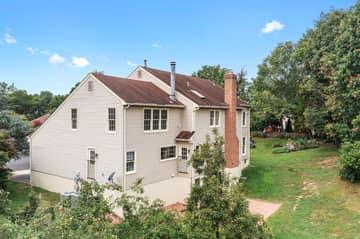 14221 Pony Hill Ct, Centreville, VA 20121, USA Photo 40
