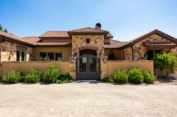 3909 Oak Park Dr, Kerrville, TX 78028, USA Photo 10