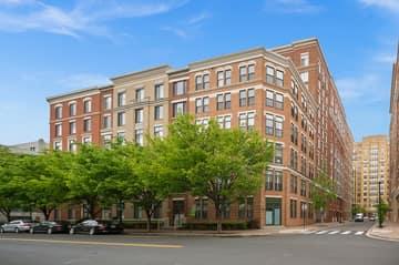 1201 N Garfield St #114, Arlington, VA 22201, US Photo 2