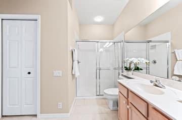 8814 Middlebrook Dr, Fort Myers, FL 33908, USA Photo 32