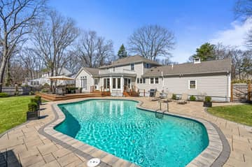 75 Thornberry Rd, Winchester, MA 01890, US Photo 68