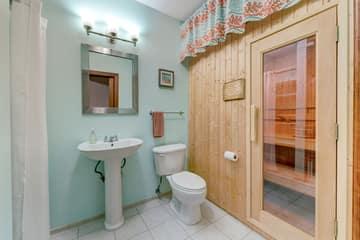 Master Bath - Sauna
