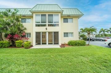 33 Colonial Club Dr 100, Boynton Beach, FL 33435, US Photo 1
