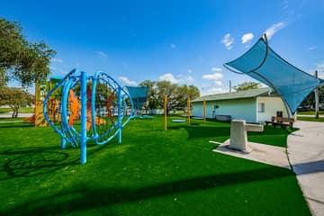 13-Rosselli Park