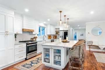 4 Flatley Ave, Manchester-by-the-Sea, MA 01944, US Photo 15