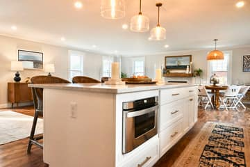 4 Flatley Ave, Manchester-by-the-Sea, MA 01944, US Photo 107