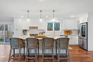 4 Flatley Ave, Manchester-by-the-Sea, MA 01944, US Photo 12