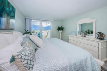 Master Bedroom1c-3
