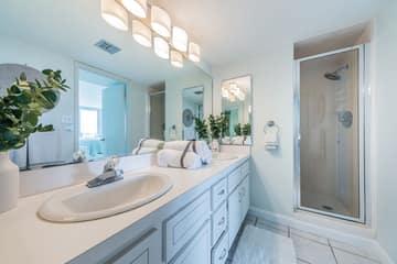 Master Bathroom1a-3