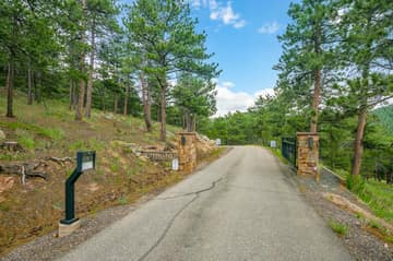 852 Reed Ranch Rd, Boulder, CO 80302, US Photo 13