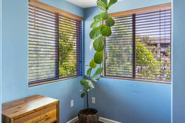 1755 California Dr, Burlingame, CA 94010, USA Photo 36