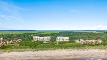 1381 Shipwatch Cir, Fernandina Beach, FL 32034, USA Photo 1