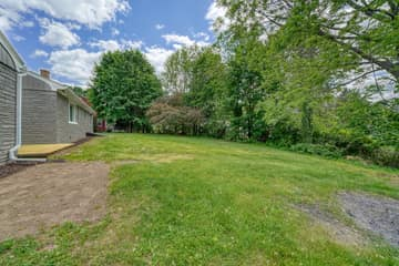 7 Pattison Ave, Dudley, MA 01571, US Photo 3