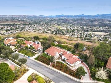 1126 Wildwood Ave, Thousand Oaks, CA 91360, US Photo 3