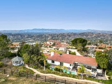 1126 Wildwood Ave, Thousand Oaks, CA 91360, US Photo 74