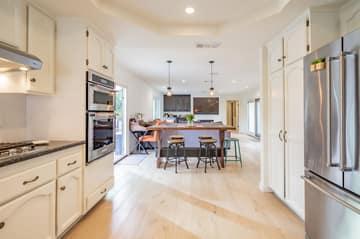 1126 Wildwood Ave, Thousand Oaks, CA 91360, US Photo 32