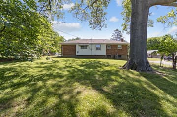 10151 Maryvale Ln, Affton, MO 63123, US Photo 17