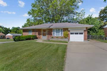 10151 Maryvale Ln, Affton, MO 63123, US Photo 21