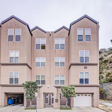 225 Stoneridge Ln, San Francisco, CA 94134, USA Photo 4