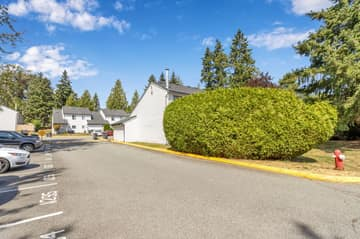 6673 138 St, Surrey, BC V3W 5G7, Canada Photo 2