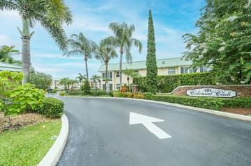 33 Colonial Club Dr, Boynton Beach, FL 33435, USA Photo 44