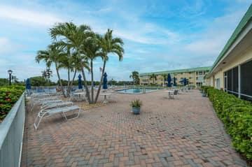 33 Colonial Club Dr, Boynton Beach, FL 33435, USA Photo 33