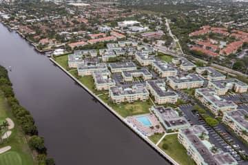 33 Colonial Club Dr, Boynton Beach, FL 33435, USA Photo 41