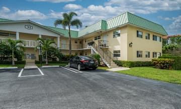 33 Colonial Club Dr, Boynton Beach, FL 33435, USA Photo 30
