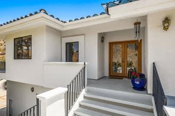 552 N Victoria Ave, Ventura, CA 93003, US Photo 6