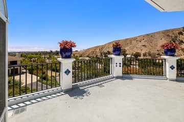 552 N Victoria Ave, Ventura, CA 93003, US Photo 30
