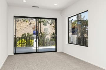 552 N Victoria Ave, Ventura, CA 93003, US Photo 37